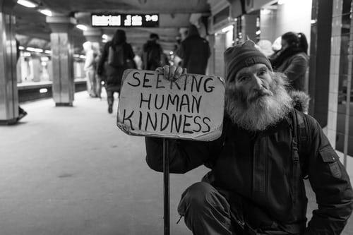 Comunità: entità sociale per il bene comune o solo un bel termine politically correct?